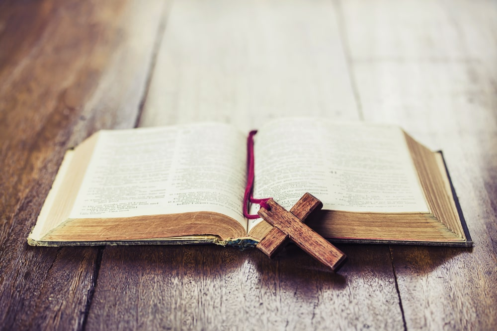 Top 15 Bible Verses for a Celebration of Life Service
